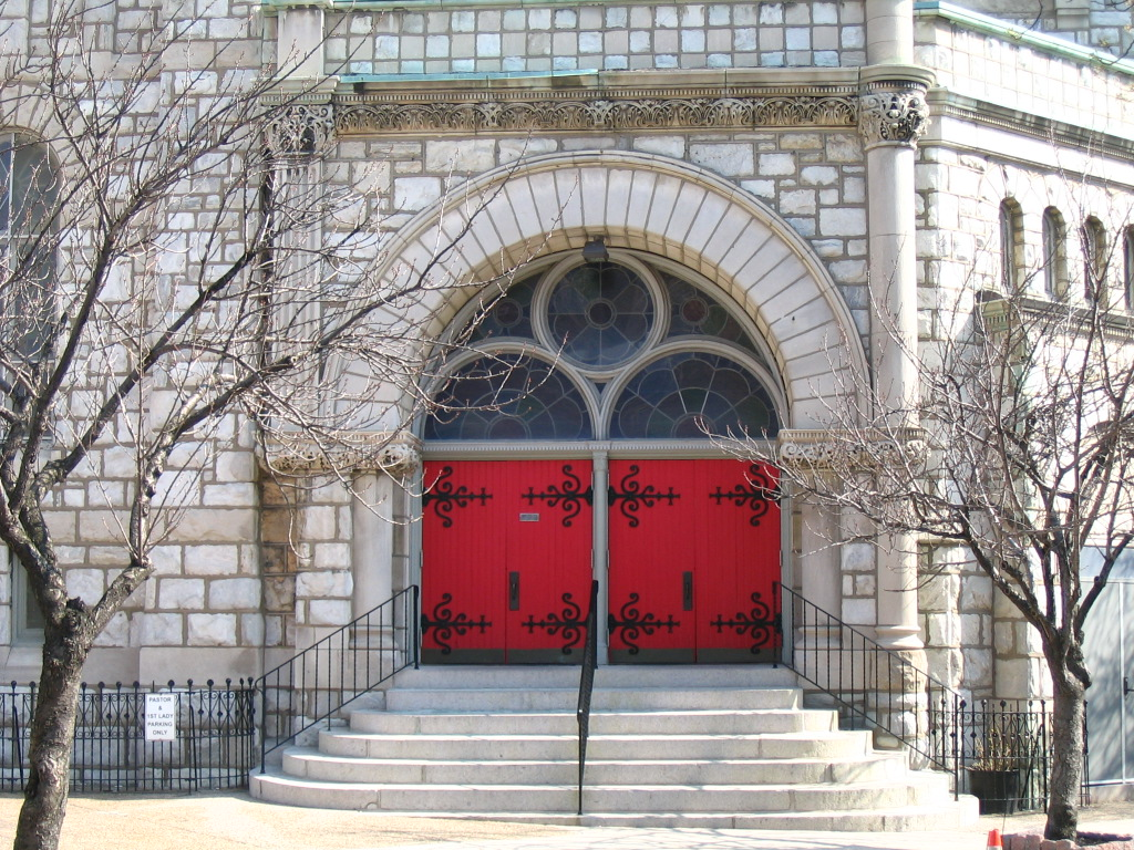 Why many church doors are red ameganfindsartinphillys weblog red church door 1g biocorpaavc Images